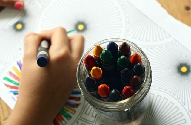 Jaka wyprawka dla przedszkolaka? Co przyda się dziecku w przedszkolu?